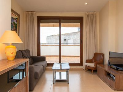 Photo for Apartment Sol in Tossa de Mar - 6 persons, 2 bedrooms