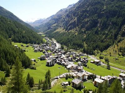 Photo for Apartment Haus Alpenrose in Saas-Almagell - 6 persons, 3 bedrooms