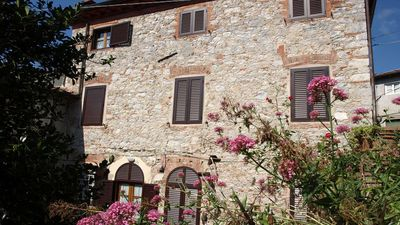 Photo for Charming house originally from 17th century with pool near Lucca.