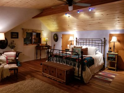 Mesa Verde Vista Queen Suite Bedroom - Step back in time in beautiful comfort.