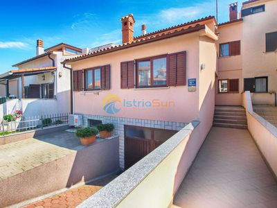 Photo for Apartment 1639/16851 (Istria - Pula), Budget accommodation, 1500m from the beach