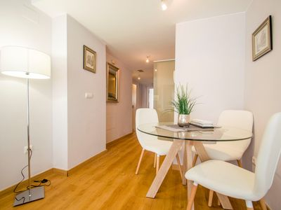 Photo for New apartment 500m from the center with wifi and air conditioning