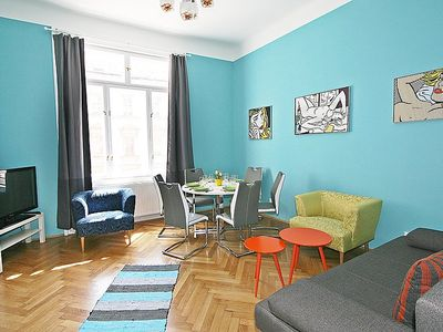 Photo for Apartment Am Wienfluss  in Vienna / 5. District, Vienna - 6 persons, 2 bedrooms