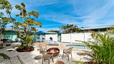 Aquaville A - 2/1 beauty with private pool in the heart of Anna Maria. Pets!