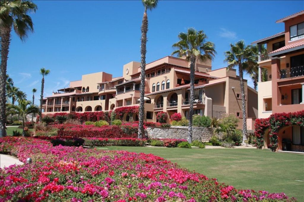New Rates - Beach Front Condo in 5 Star Casa Del Mar