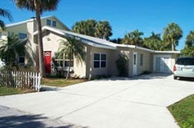 Photo for Recently Redecorated, Sunny 3BR/3BA Home 7 Houses from Beach