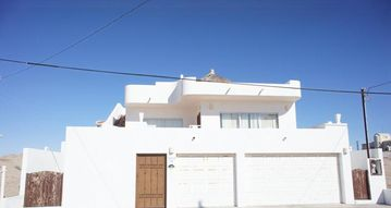 Search 15 holiday rentals