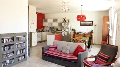 Photo for House 8 pers with swimming pool, shops and subway walk, shaded garden