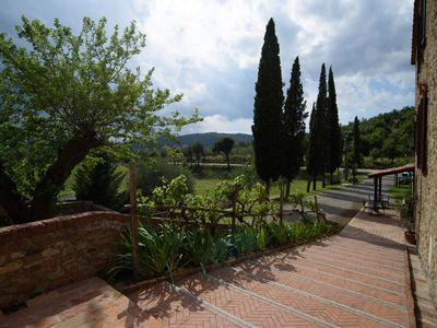 Photo for Three-room apartment 2 Borgo Fattoria Tenuta il Santo Monticiano Siena