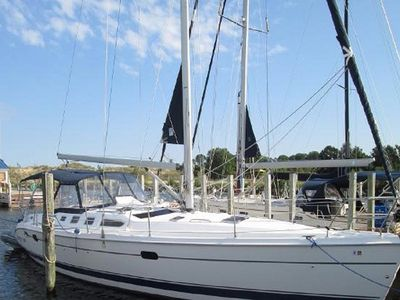 Photo for Relentless - Hunter 466 Sailboat: Sleeps 6 in style and comfort