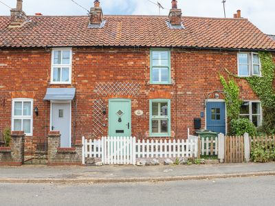 Photo for Cherry Cottage, GREAT MASSINGHAM