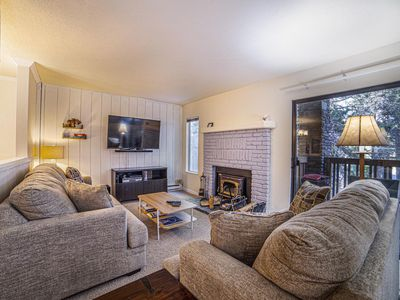Photo for Eagle lodge charming spacious condo. 1 bedroom private alcove. sleeps 6 - #442