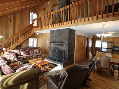 Photo for Charming Cabin Near Fort Rock Park and SHARC! Hot Tub! 8 SHARC passes included!