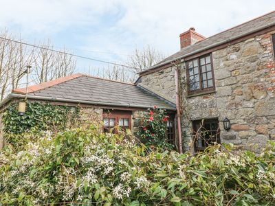 Photo for THE COTTAGE, pet friendly, with pool in Carnhell Green, Ref 976387