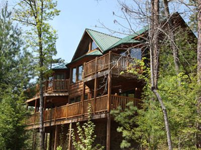 Photo for Luxury 3 BR/4 BA Cabin!!! Enjoy A First Class 'Great Escape' in Pigeon Forge
