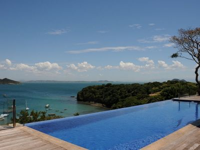 Photo for Buz034-Luxury house with 4 suites, pool and sea view in Búzios