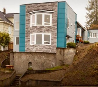 Ultra modern exterior, coolest house in old town.