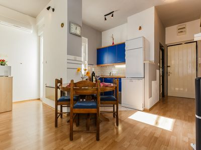 Photo for Great neighbourhood, one bedroom apartment - Tina