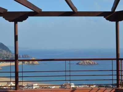 Photo for Club Villamar - Fantastic villa with  private pool, with terrace and garden and a modern Spanish ...