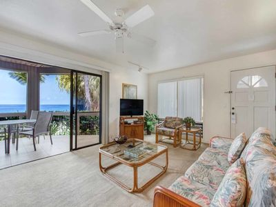 Photo for Watch Waves from Lanai w/Wet Bar! Full Kitchen, WiFi, TV, Washer/Dryer Kanaloa 2902