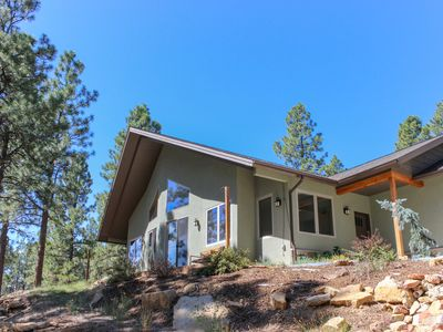 Photo for Newly built, secluded home w/ a large deck, two fireplaces, & mountain view