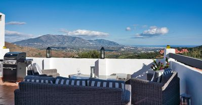 Photo for Luxurious 1 bedroom penthouse with stunning sea and mountain views in Elviria-Marbella