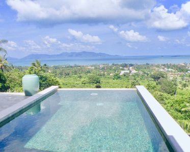 Photo for 2 bedroom villa with sea view