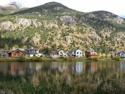 Lakefront - Minutes from Skiing, Guanella Pass, hiking, fishing and boating!