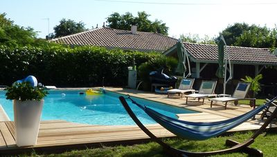 Photo for Terraced house, swimming pool, spa, wifi, near forest, Andernos oyster beach