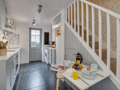 Photo for Located in the centre of Dolgellau market town in southern Snowdonia, this welcoming, renovated cott