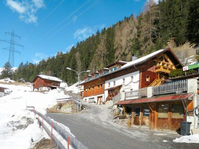 Photo for 4BR Apartment Vacation Rental in Sankt Anton am Arlberg, Landeck
