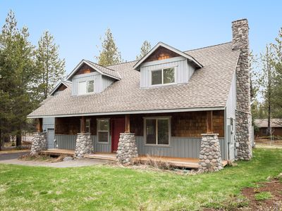 Photo for 3500Sq Ft* Lovely 5 BR Home! 12 SHARC Passes+Hot Tub!