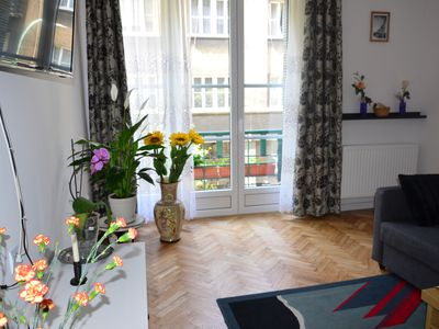Photo for Chic and pleasant apartment (100m2) in the historic heart with 2 balconies, 6-10 pers