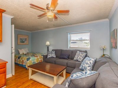Photo for One Bedroom 2 Bath Apartment! Wave Rider 301
