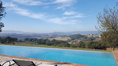Photo for Luxury villa for 8 - 16, infinity pool & guest cottages. Panoramic view of Todi