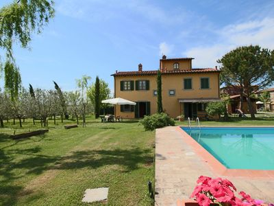 Photo for Farmhouse with private terrace, garden and pool, overlooking the town of Cortona