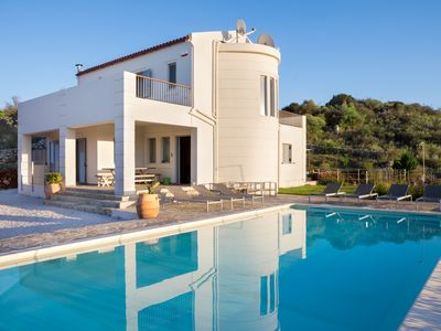Photo for Luxury Villa with Private Pool 4people- View and Privacy