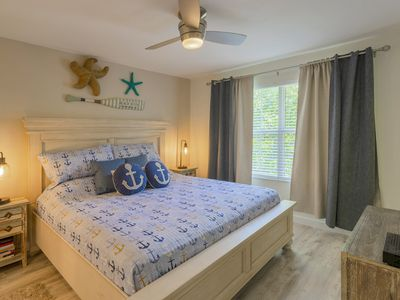 Newly renovated condo in Avalon of Clearwater, come see the wonders of Florida!