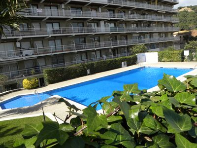 Photo for Apartment with views over the bay of Sant Pol !!