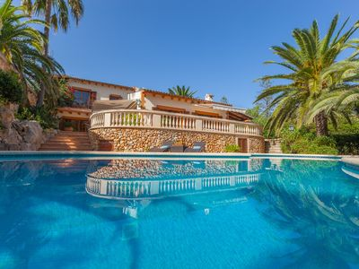 Photo for Beautiful villa next to the small town of Cala Bona