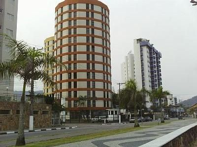 Photo for Apartment facing the sea, immobile on the 12th floor, Martim de Sá,