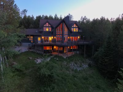 Forest Ridge Cabin Nestled in the Trees with a majestic Teton View.