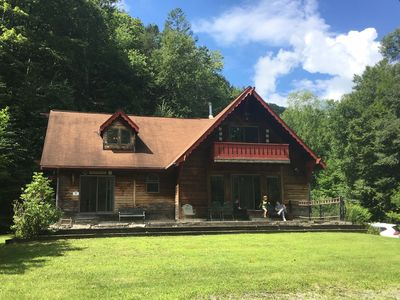 Photo for The Secluded Chalet, w/fire place, 4 bed/2 bath