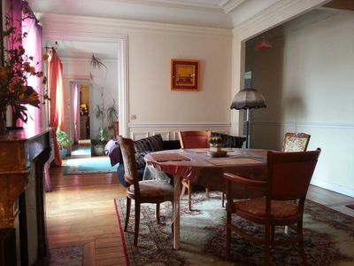 Photo for Calm  sunny flat, 5 min. from Montmartre and Eurostar (tea and coffee offered)