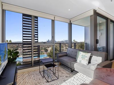 Photo for Breathtaking Unit With City And Racecourse Views