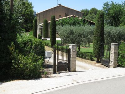 "Photo for Villa du ""Petit Puits"" in the heart of the Alpilles"