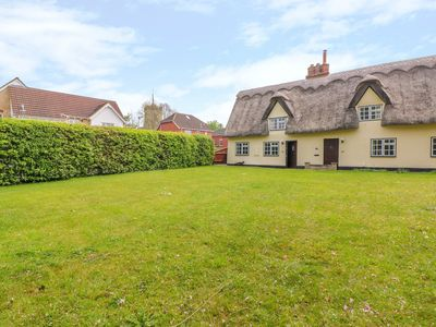 Photo for Beaumont's Cottage, FOXTON, CAMBRIDGESHIRE