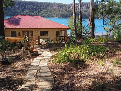 Photo for The Pelican's Roost is a one bedroom flat overlooking the Hawkesbury River.