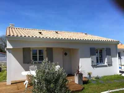 Photo for Holiday recent house near Royan