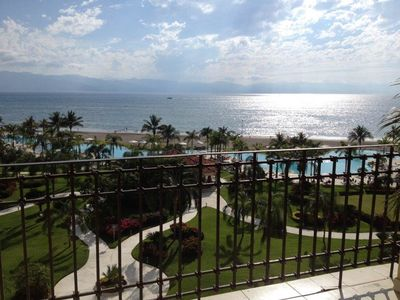 Photo for Beautiful & Newly Renovated Large One-Bedroom Beachfront Condo In Nice Area